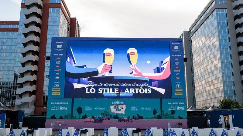 Cinema Drive-In Milano, prosegue la divertente iniziativa supportata dallo sponsor, Stella Artois