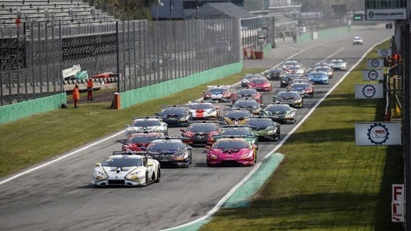 Dinamic Motorsport vola nella 3 ore di Monza del Fanatec GT World Challenge Europe powered by AWS